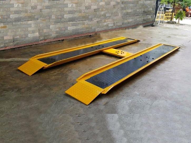 cau-nang-mot-tru-rua-xe-kingtech-kt-41500